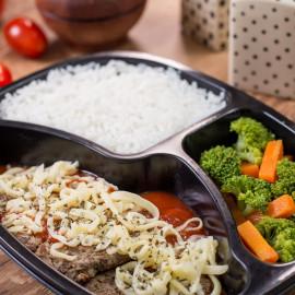 PP 04 - Bife à Pizzaiolo com Arroz branco e Brócolis Sauthé - 420g